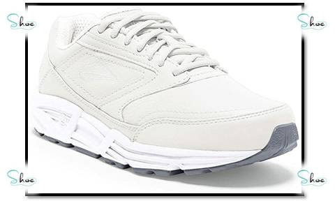 best nursing shoes for wide flat feet
